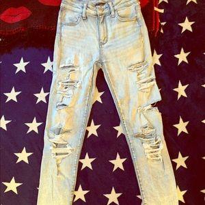 AEO Very Distressed Skinny/Stretch Jeans size 0